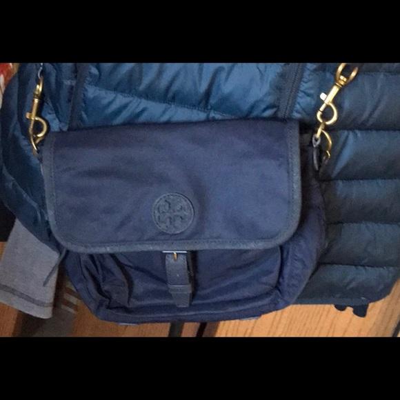 """25679ace6705c Tory Burch """"Scout"""" navy blue nylon crossbody bag. M 5a60e7b09d20f0a790452cc4"""